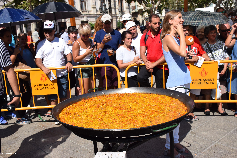 Valencia muestra la riqueza de su plato más tradicional la paella en su World Paella Day